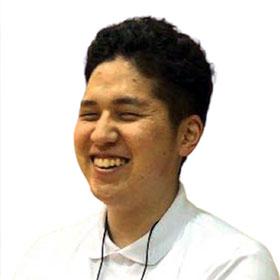 岡本 公介コーチ